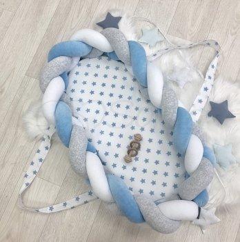 Кокон для новорожденных Маленькая Соня Коса бортик Белый/Голубой 9100242