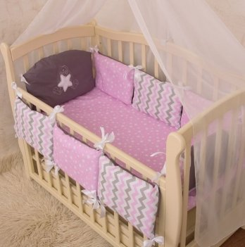 Защита для кроватки Бетис Зирочка с вышивкой розовое поплин