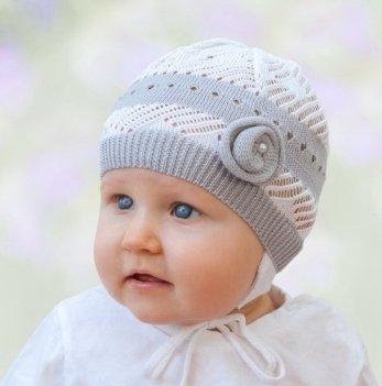 Шапочка с вязаной розочкой Tutu