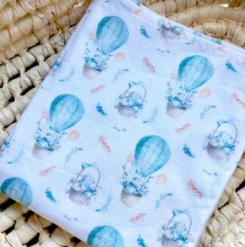 Пеленка фланелевая Embrace Зайки на шарах