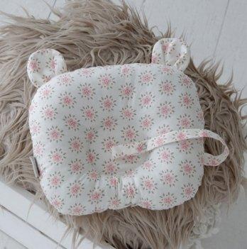Детская подушка для новорожденных с держателем Magbaby Мишкины ушки, цветы