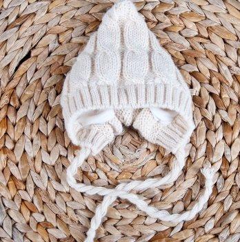 Вязаная шапочка Magbaby на трикотаже беж