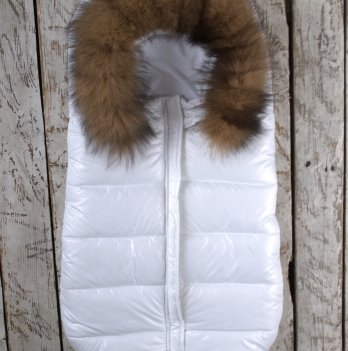 Дутый конверт-мешок Magbaby Snowmen с натуральной опушкой белый