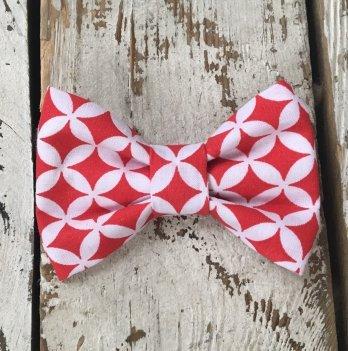 Галстук-бабочка для мальчика MagBaby Красно-белая геометрия
