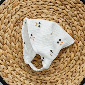 Бандана для девочки из муслина Magbaby Вишенки Белый 3 мес - 5 лет